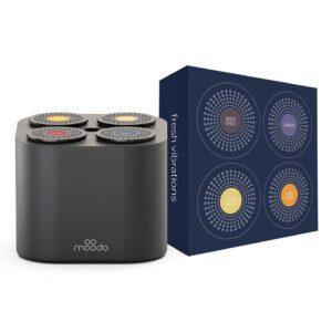 Moodo Junior Csomag egy okos aroma diffúzorral és 4 darab illat kapszulával.